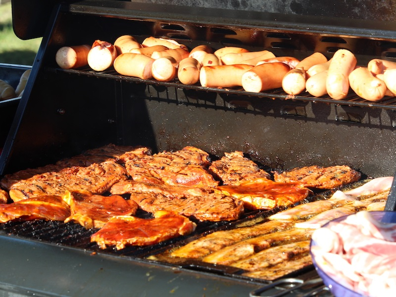Awesome Benefits of selecting Hog Roast for your Wedding